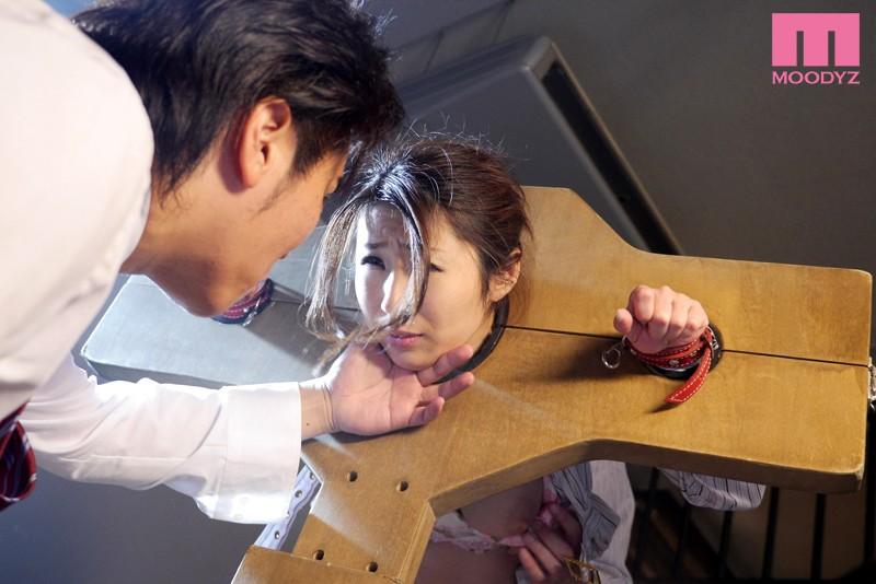 【辱め】 人体固定アナル奴隷 篠田あゆみ キャプチャー画像 1枚目