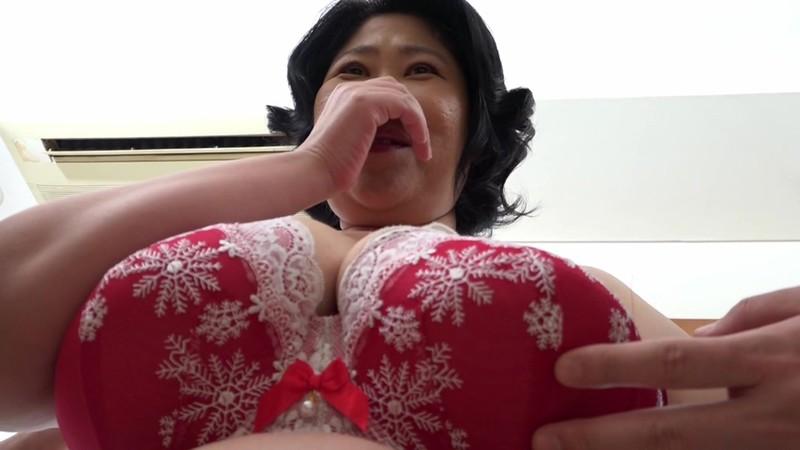 巨大124センチ乳房の五十路妻が潮吹きっぱなしでAVデビュー 野沢ゆかり 2枚目