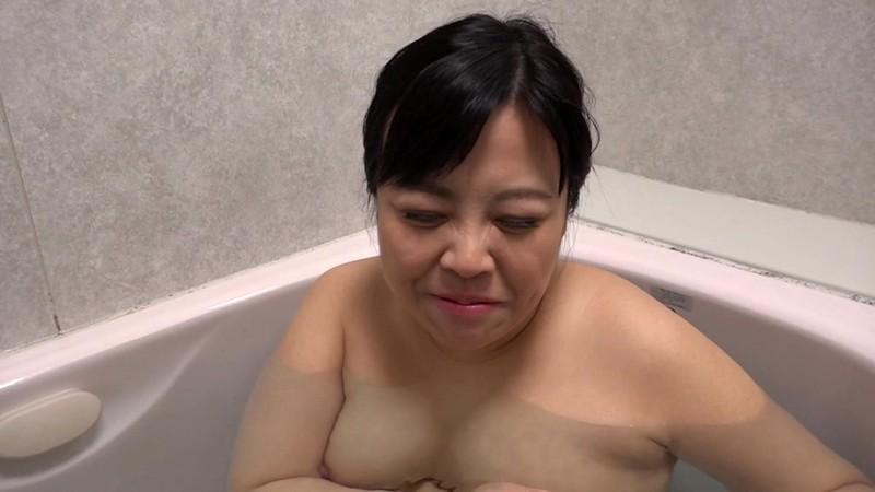 爆尻無双 ビッチなヤリマン五十路妻がAVデビュー! 遠藤陽美 画像7