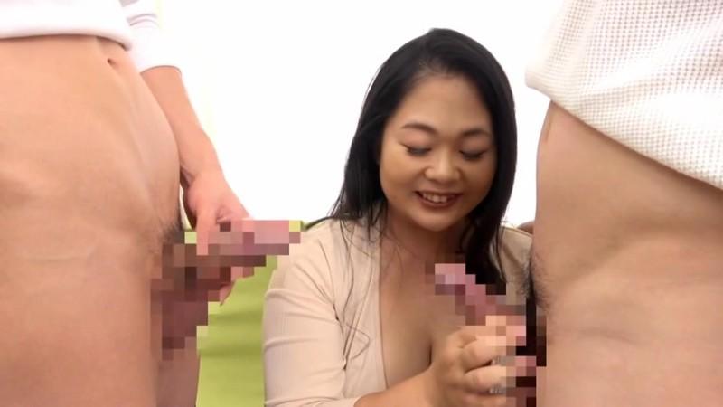 飛びきりの笑顔と敏感過ぎる乳首 大巨乳の四十路妻がAVデビュー! 丸山ふみな1