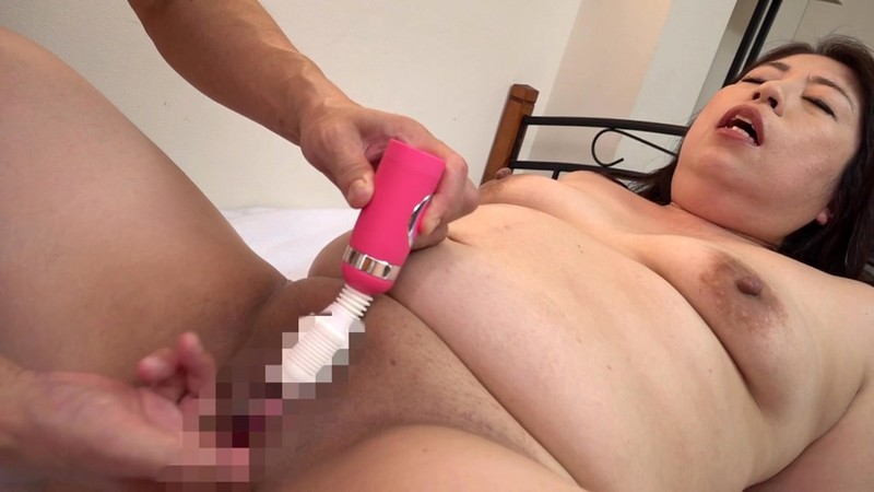 MKD-224 You Won't Believe How Far She Squirts! Voluptous 50 Year Old Woman Makes Her Porn Debut! Ran
