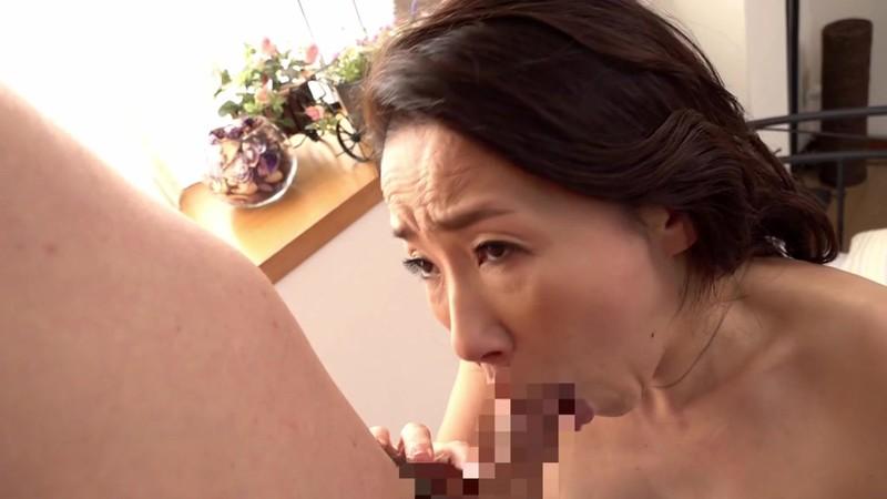Fカップの美魔女五十路がAVデビュー! 佐月りんか6