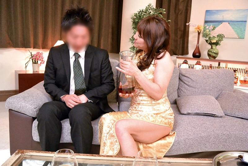 五十路 美熟女ベスト 近藤郁 4時間 魅力爆発 淫獣マドンナ 画像12