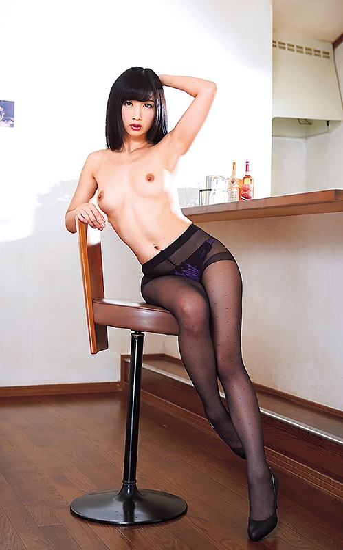 S級美熟女ベスト大槻ひびき 4時間 スレンダー美乳マドンナ キャプチャー画像 17枚目