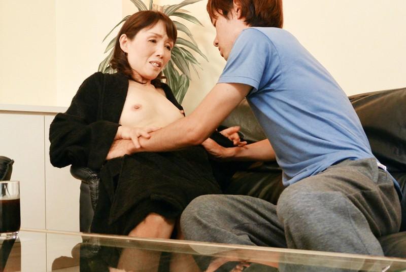 嫁の母 欲求不満の五十路義母に中出し 隅田涼子 9枚目