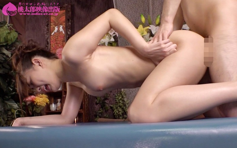 MMB-315 Studio Momotaro Eizo - An Actress With A Godly Ass 10 Ladies Having Ass-Pressing Voluptuous Sex