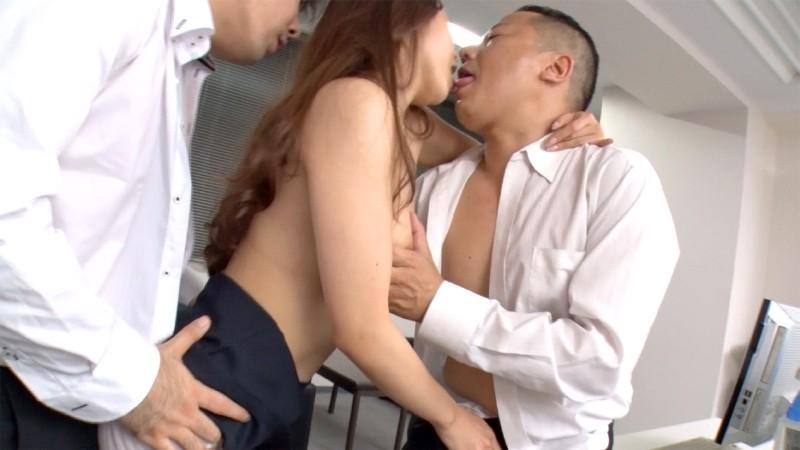 友田彩也香の接吻淫魔 12枚目