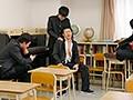 中出し学級崩壊 新任教師である僕の妻がDQN生徒たちの肉便器にされ、恥ずかしい姿をスマホで動画撮影されました 明里ともか