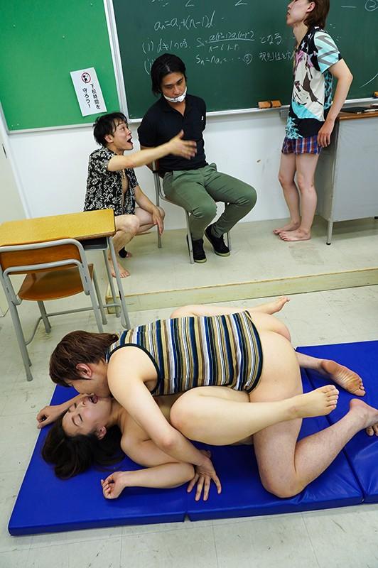 中出し学級崩壊 保健室の先生である僕の妻がDQN生徒たちの性処理玩具にされ、校内で露出するド変態になっていた 篠崎かんな 19枚目
