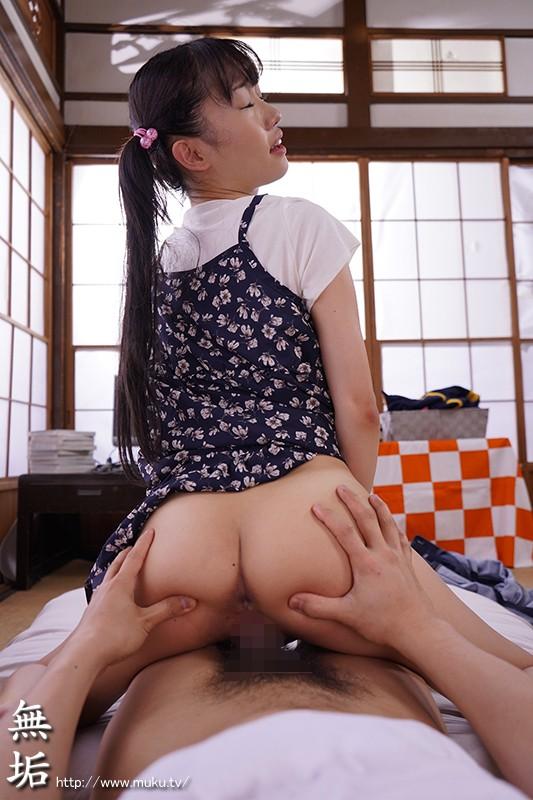 若菜ちゃんの初エッチ 実写版 星咲セイラ ツインテールが良く似合うつるぺたおっぱい、つるつるマ○コの美少女との初エッチの記録のサンプル画像