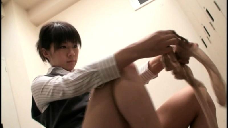 会社で女子社員の脚ばかり見ちゃうんです 画像7