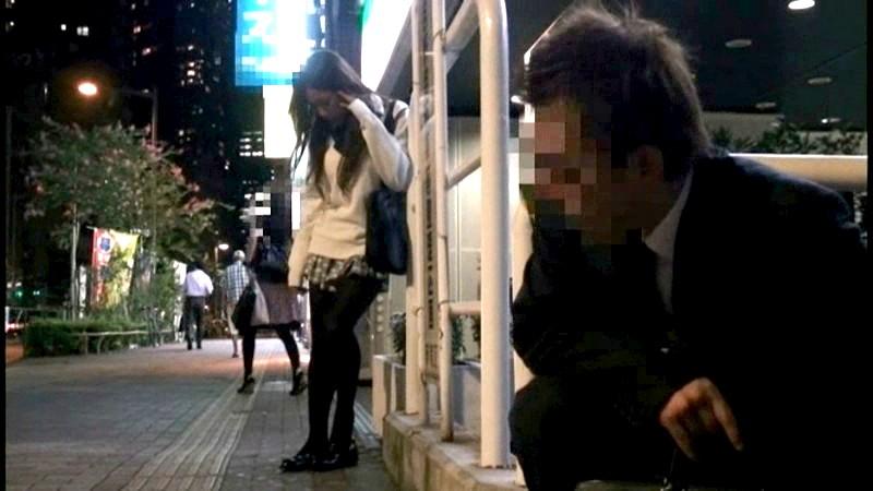 黒タイツを穿いている女子校生の足にすごくムラムラしちゃうんです 画像6