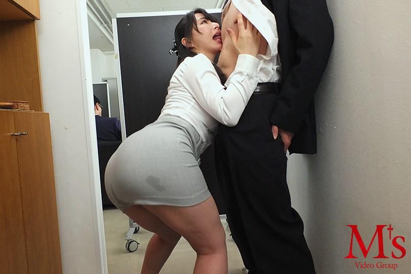 大好きなエリー先輩がこんなえげつない変態乳首セックスするなんて! 晶エリー