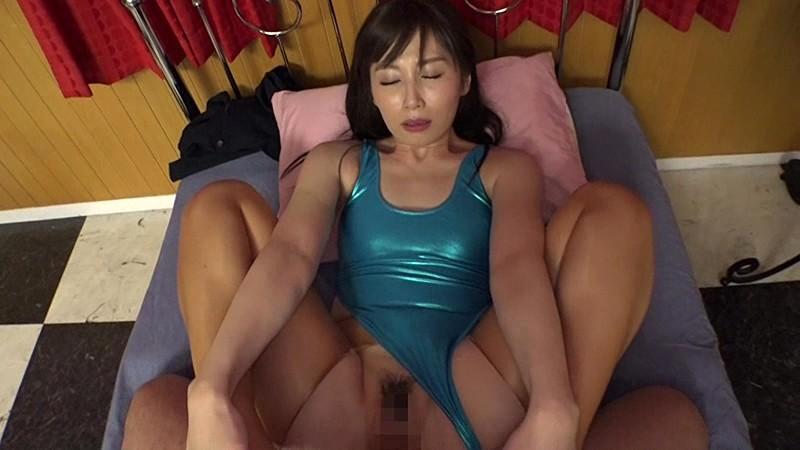 猥褻RQ 〜美しすぎるオ・ン・ナの熟した股間〜 佐々木あきのサンプル画像