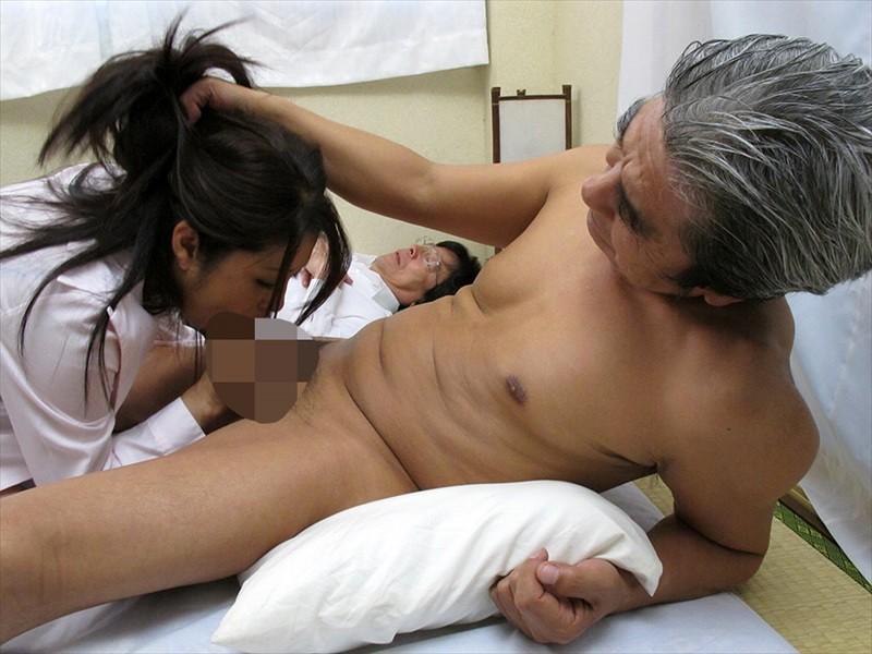 寝取り性交 旦那の横で寝取られる妻たち4