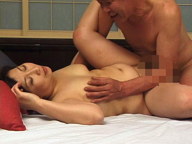 昭和熟女30人の不倫性交 犯●れ願望の五十路六十路妻 画像9