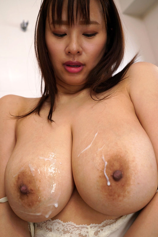 汗だく濡れ透けパイ揉み爆乳NTR 水回りの修理業者に濡れ透け汗だくでねとられた爆乳主婦 春菜はな