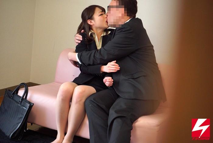 【女子大生】 禁断の男女の関係は密室の中で理性or性欲どちらが勝る!?街で声を掛けた固~い関係の一般男女を2人っきりにしたら、果たして一線を越えてしまうのか…!? キャプチャー画像 8枚目