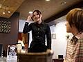ハニカミ笑顔にプリ尻が際立つ居酒屋カフェ店員 田部菜々緒ち...sample2