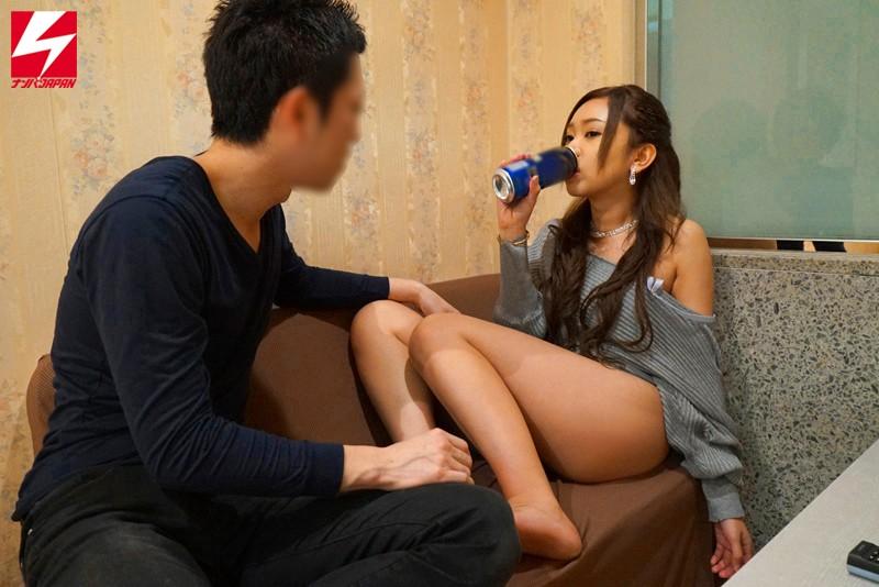 酒飲ませたらパコれるマ○コたちおっぱいぽろり、アソコもペロンチョ酔っぱらってセックスするハッピーな4時間6