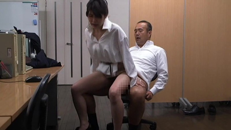 投稿秘話 職場不倫セックス 〜上司と関係をもってしまった妻〜 柊さき 8枚目