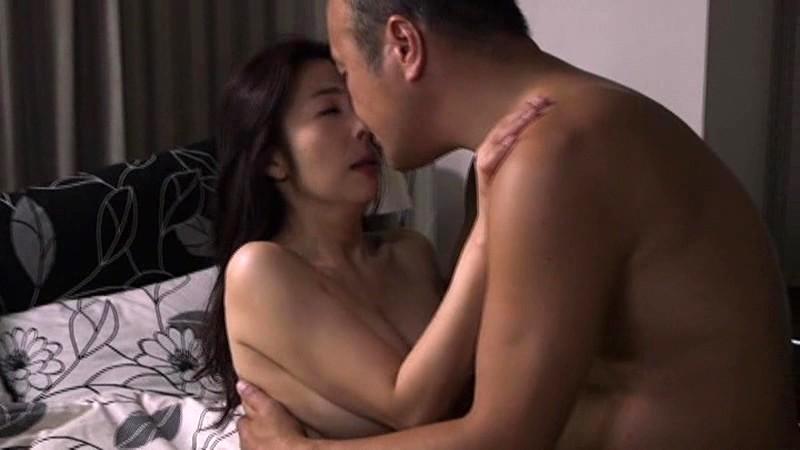夫を裏切る 接吻とセックス 〜わたし、こんなに接吻が好きだなんて・・思わなかった〜 一条綺美香 9枚目