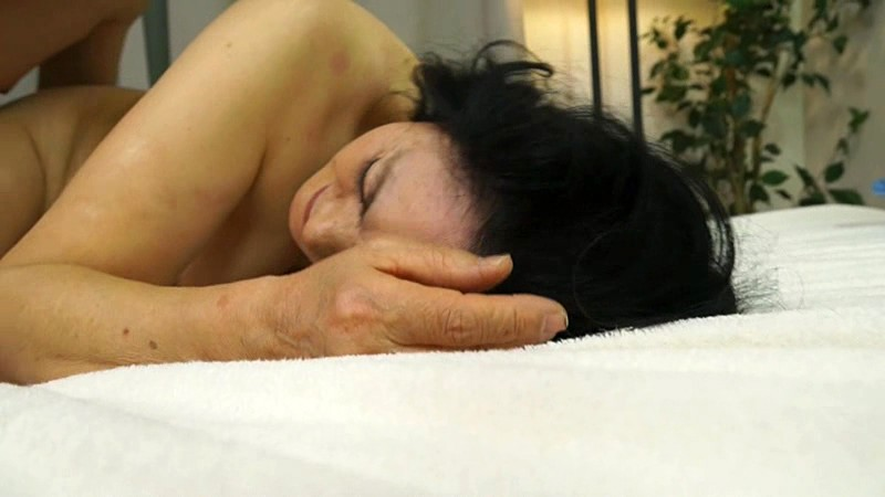 古希で初撮り 藤江幸代 無料エロ画像20