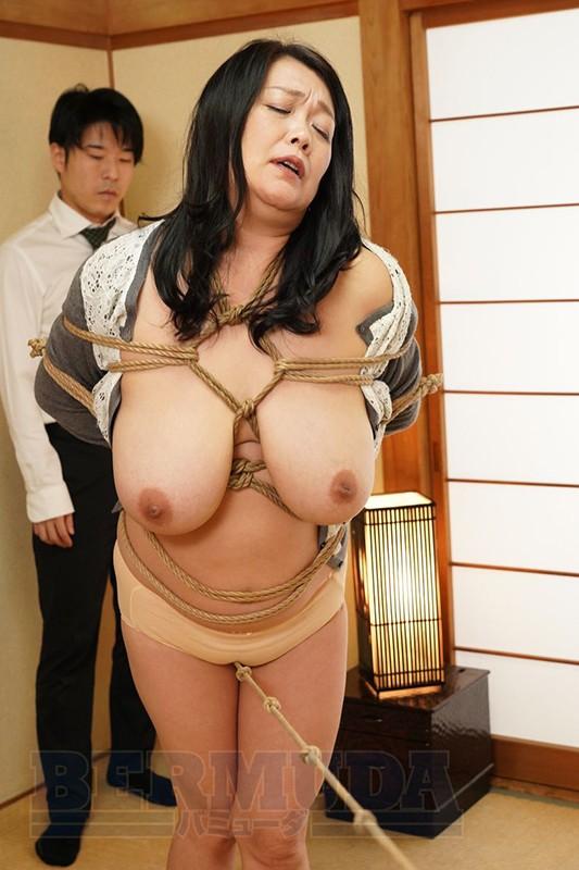 縛られた巨乳社長夫人 鮎川るい50歳11