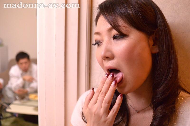 熟女の下品すぎないベロキスFUCK 神宮寺薫子[フル動画]