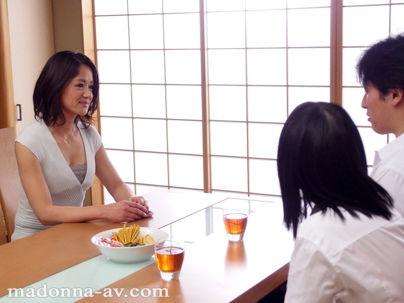 【スレンダー】 娘のカレシに抱かれた母 杉崎千佳 キャプチャー画像 10枚目