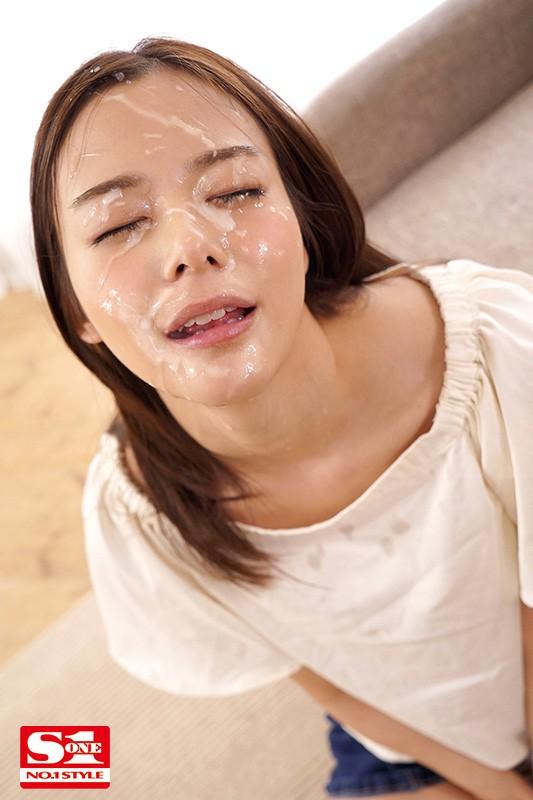 顔だけで抜ける吉高寧々が全集中でひたすらチ●ポをしゃぶり続け最後の一滴まで搾り取る至福のフェラチオBEST 画像3