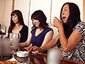 [OKAX-772] 熟女を酔わせてワンチャン即攻!口説く!ヤレル!スケベな合コン8時間