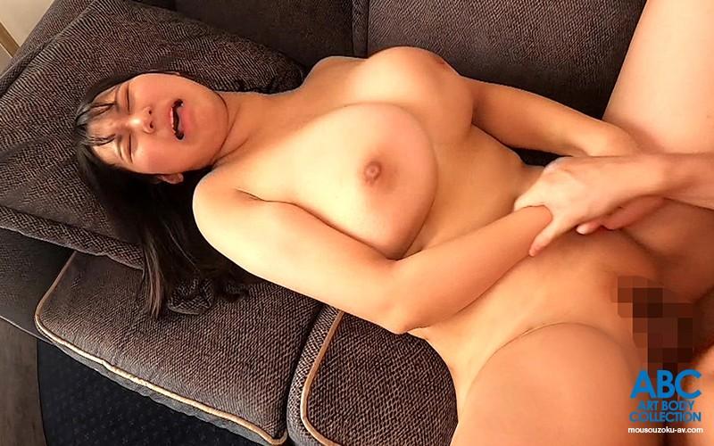 初初初 名家の産まれのお嬢様爆乳若妻 ホテルでの開放感で性欲解放!