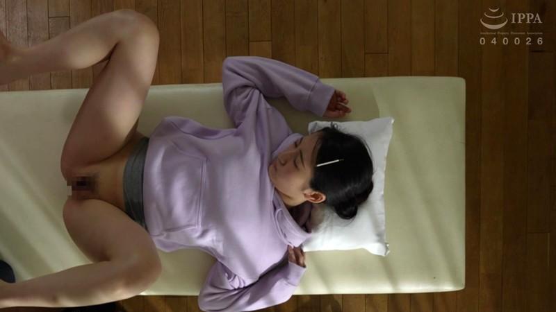 麻酔ホルマリン漬け少女コレクション 徐々に体の感覚を失い、固まっていく少女の標本化映像 河奈亜依 4枚目