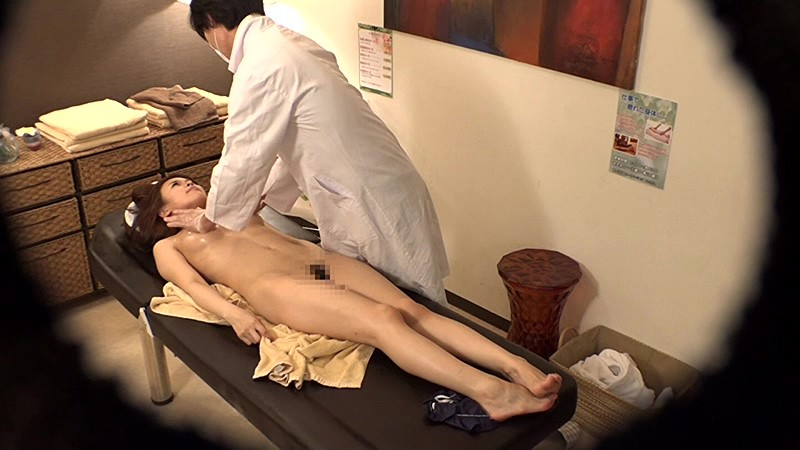 Young prostitute in massage parlour hidden cam tmb