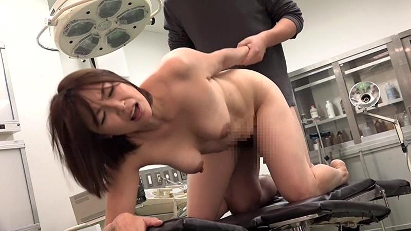 一発ヤレそうな美熟女看護師が集まる病院に入院してみた総集編 画像12