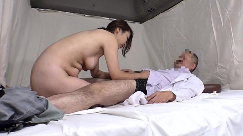 実は美人が多い女性トラック運転手を性感マッサージでとことんイカせてみた(2) キャプチャー画像 17枚目