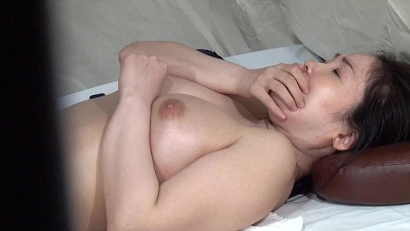 実は美人が多い女性トラック運転手を性感マッサージでとことんイカせてみた(2) キャプチャー画像 7枚目