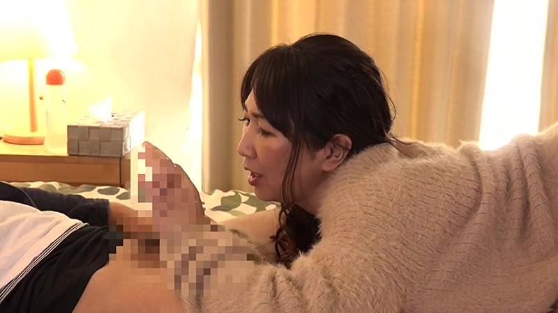 暇を持て余した五十路マダムが集う秘密のセンズリ鑑賞会(2)|無料エロ画像17