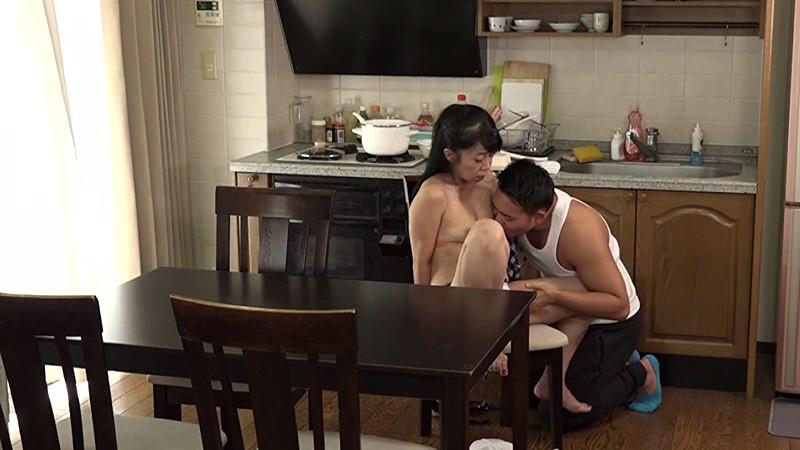 ちょっとエロそうな五十路熟女の家にお泊りしてヤリ倒したい(12)