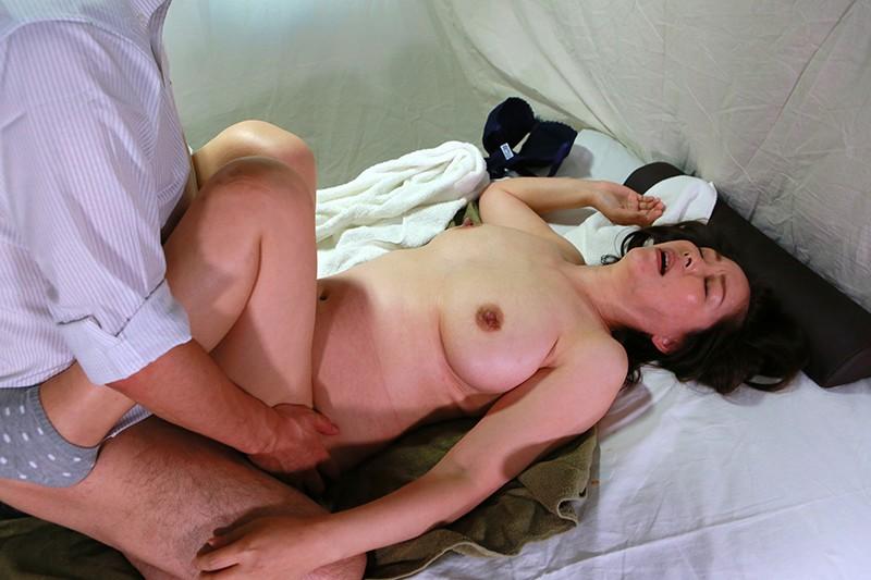 実は美人が多い女性トラック運転手を性感マッサージでとことんイカせてみた豪華版(2) 3