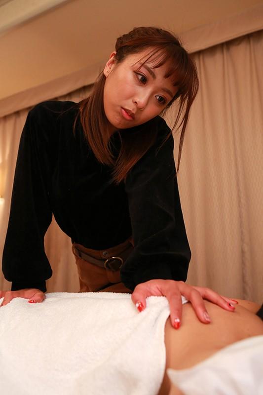 横浜・関内の路上で出会ったラオス娘はかわいくてマ●コキツキツ