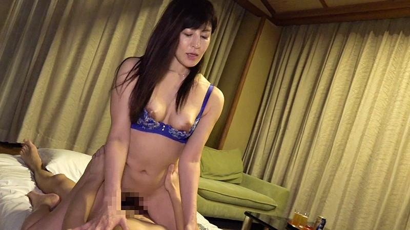 「こんなの初めてっ」綺麗すぎる五十路熟女が30時間イキまくり温泉中●し不倫(2) キャプチャー画像 11枚目
