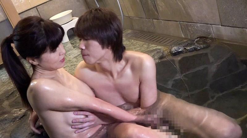 「こんなの初めてっ」綺麗すぎる五十路熟女が30時間イキまくり温泉中●し不倫(2) キャプチャー画像 15枚目