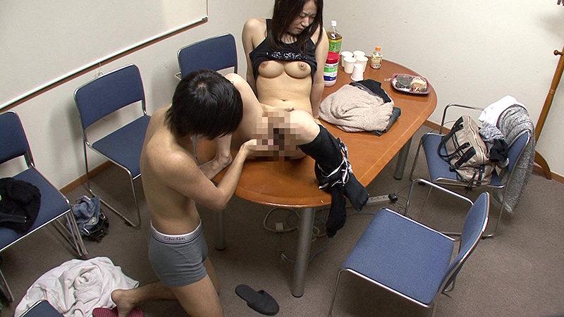 巨乳歯科助手から美人ヨガインストラクターまで!働く女10人の職業別SEXファイル(11) 画像19