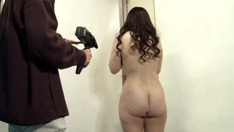 訳あり熟女の初撮りAVに完全密着(2)~複数プレイがしてみたい・和奈さん(35歳)&SEXが好きすぎて・百合さん(40歳)3