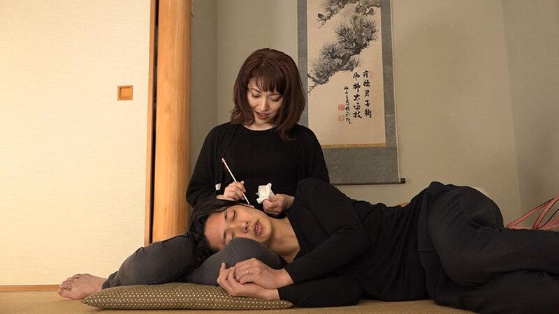 上京してきた嫁の五十路母と近●相姦(2)~やたら世話焼きなので甘えてチンコも挿れさせてもらいました