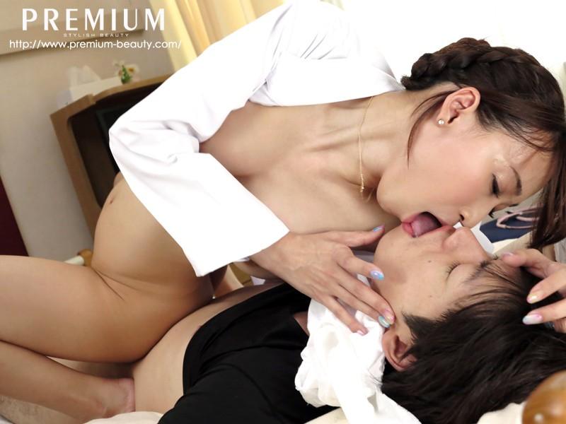 発情グラマラス痴女医 蓮実クレア 12枚目
