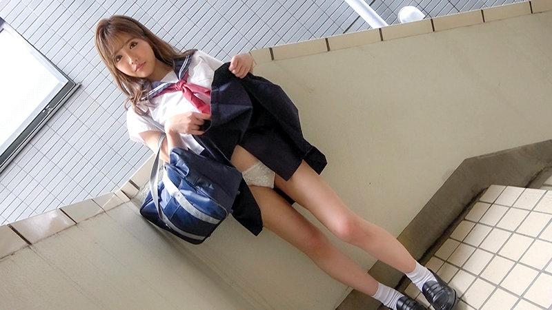 円女交際 中出しoK18歳 お嬢様学園のお上品ギャル娘 冨安れおな