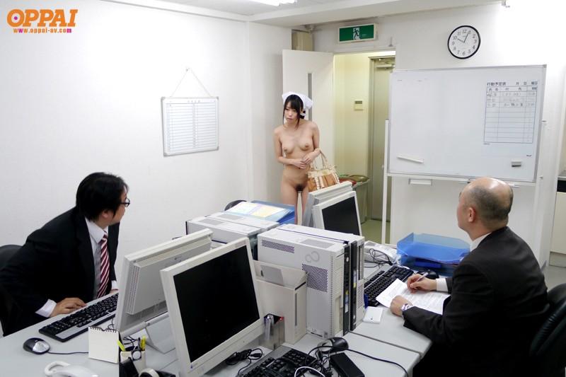 【巨乳フェチ】 全裸巨乳家政婦 川菜美鈴 キャプチャー画像 4枚目